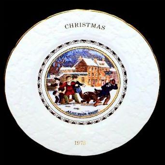 Coalport ALAS POOR BRUIN Christmas Collectors Plate 1978