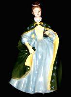 Royal Doulton Premiere HN2343 Holding Cloak